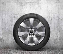 "Original MINI F60 Winterkomplettradsatz Imprint Spoke silver R530 17"" Goodyear o.RSC m.RDC"