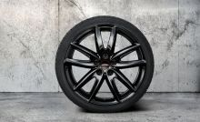 "Original MINI F54 Winterkomplettradsatz JCW Grip Spoke 815 black Goodyear 18"" o.RSC m.RDC"